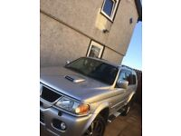 """Mitsubishi shogun in great condition with 20"""" alloys and sat nav cd/DVD/and free view player."""