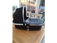 Icandy peach Main Carrycot in black jack
