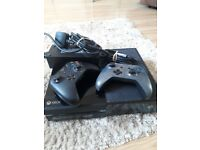 Xbox one 500gb 2 controllers 1 regular and 1 jd fenix controller