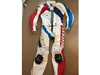 DAINESE 2 PIECE Zip together MOTORCYCLE LEATHER / Suit- EU 50 UK 40- MINT