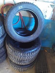 225/55R/17 WINTERFORCE WINTER SNOW TIRES ** COMPLETE SET ** 225/55/17 ** LIKE NEW * 225/55R/17 ** BMW X3 X1 3 SERIES ETC