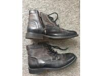 Leather boots never worn size 44