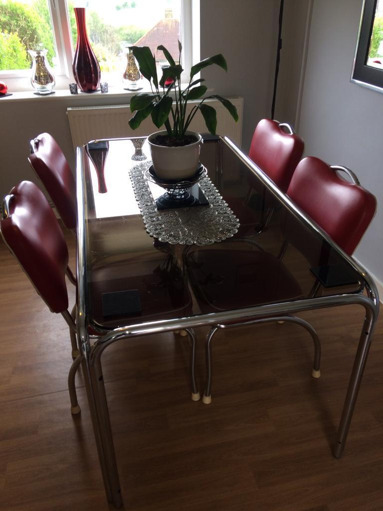 Retro American diner style dining table and 4 chairs