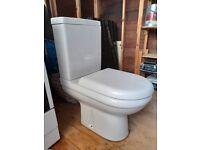 Ideal Standard Della close-coupled dual flush WC and cistern