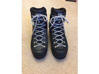 Scarpa Manta gsb walking boots