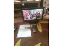 """for sale panasonic 19"""" hd lcd widescreen tv with freeview and remote £30"""