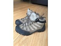 Walking boots 511 tactical series size uk 5.5