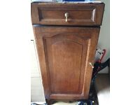 Chest of drawers & small cabinet