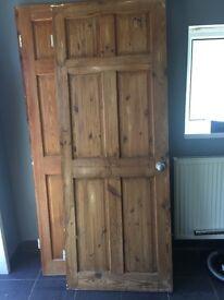 4x wooden panelled (oak look) doors £40. Ideal for bedrooms or living rooms.