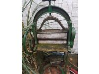 Old fashioned mangle OPEN TO OFFERS!!