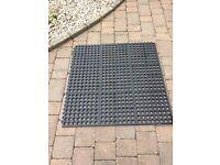 Rubber matting square 90cm x 90cm