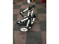 Venicci buggy quick sale, grey with white leather, good condition.