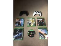 Xbox One, games and 2 controllers