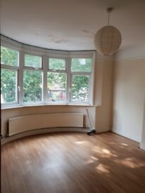 FIVE BEDROOM HOUSE LOCATED IN THORNTON HEATH