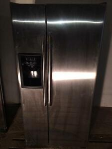 GE Stainless Steel Fridge, Ice & Water Dispenser, FREE WARRANTY, Delivery Available