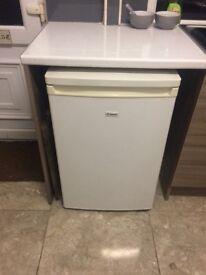 Candy fridge/small freezer conpartment