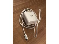 Samsung white fast charging plug and wire
