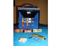 Tech Deck Skate & Go Park Carry Case And Skate Boards