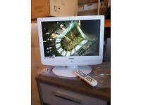 """for sale 19"""";; lcd widescreen tv with freeview and dvd ploryer £30"""
