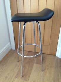 Bar - Kitchen - Cafe - Highstool