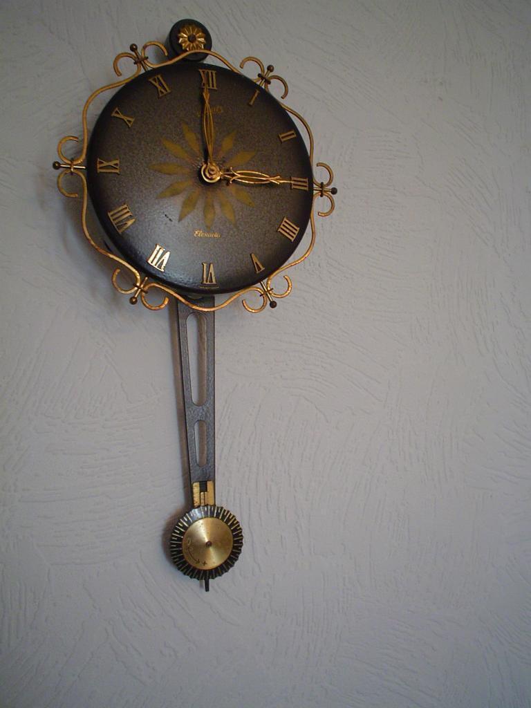 Vintage Schatz Elexacta Wall Clock 163 12 Ono In