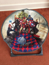 Kids avengers chair