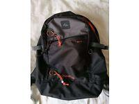 Quehua 22L backpack mint condition