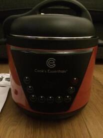 Cooks essential pressure cooker brand new