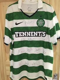 Signed Celtic fc top (Neil Lennon - manager)