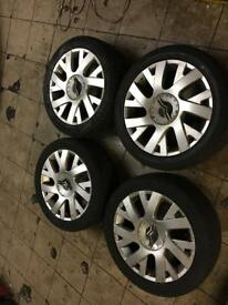 "Citroen C4. Alloy wheels and tyres. 205/50/17""."