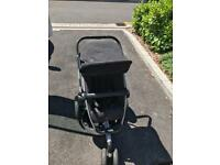 Quinny buzz extra push chair