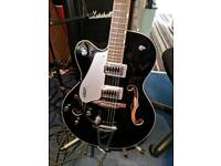 Gretsch G5420 left handed with bigsby and case