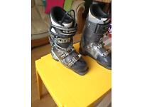 UK size 4.5 Salomon Ski Boots
