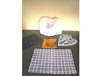 Collection of kitchen textiles: tea towel; pan grab; tea cosy; place mat; napkin. £1.50 the lot