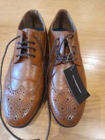 Mens size 7 shoes
