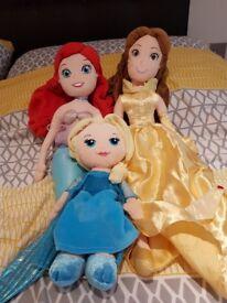 3 plush disney dolls