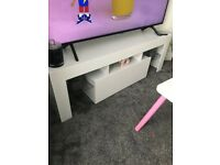 white high gloss tv stand
