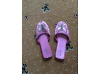 Ladies decorated slippers size large 7-8