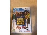 High School Musical: Sing It (Sony PlayStation 2, 2007) WITH MICROPHONE