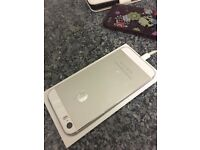 iPhone 5S 16GB Unlocked Silver - Like new