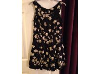 Beautiful NEW LOOK Black Dress with Daisy Print - Size 10 - EXCELLENT CONDITION