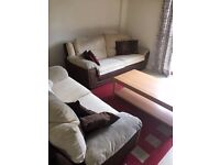 PROPERTY HUNTERS ARE PLEASED TO OFFER A 3 BEDROOM HOUSE WITH TWO TOILETS IN BARKING FOR £1600PCM!