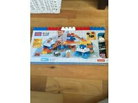 Fisher Price 100 Piece Mega Bloks First Builders - Brand New