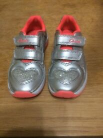 Clarks trainers for a girl 9 and 1/2 E flashing heels