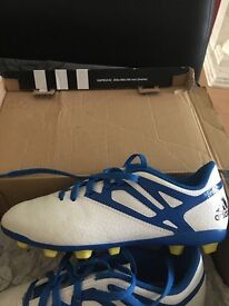 Adidas football boots worn once