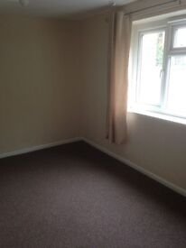 1 Bed self contained flat to let. Close to city centre