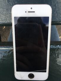Good iPhone 5S minor cracks + missing home button (works fine) willing to negotiate on price