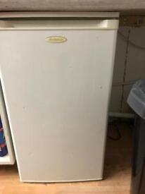 Under counter fridge ( Spares or Repair )