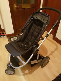 Mammas and Pappas Xoom pram with carrycot and rain coat