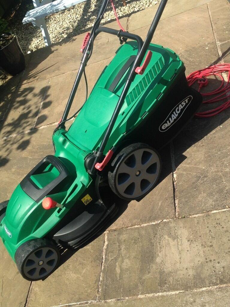QUALCAST 1800W Electric Rotary Lawn Mower (400mm Cutting width)